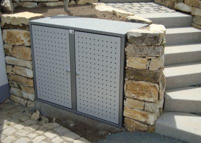 2er Alu Box Graualu; Türen Weißalu (2)