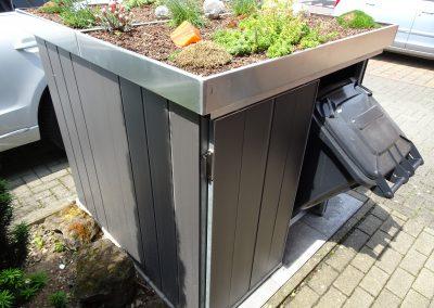 Mülltonnenschränke Schiebetüren u. Alu-Paneel Verkleidung u. Gründach(5)